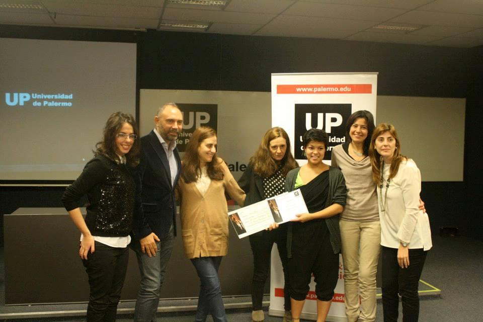 Romina Barak, Gabriel Lage, Verónica Alfíe, Simona Martinez Rivero, Ana Laura Torres y Anabella Weber  junto a la ganadora: Nadia Mosquera